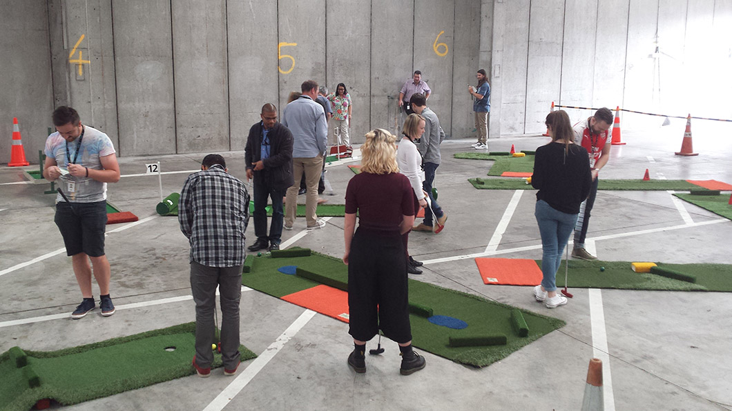 fun portable mini golf