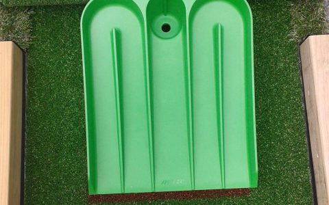 portable mini golf close up