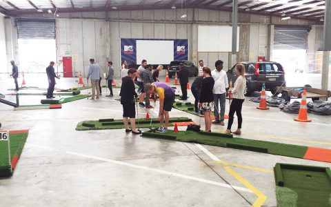 portable mini golf business function